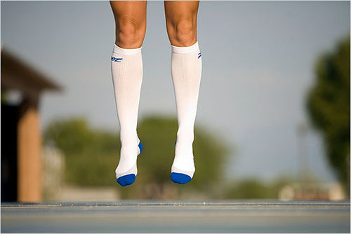 "The image ""http://www.mindbodygreen.com/images/features/hillary-biscay-compression-socks.jpg"" cannot be displayed, because it contains errors."